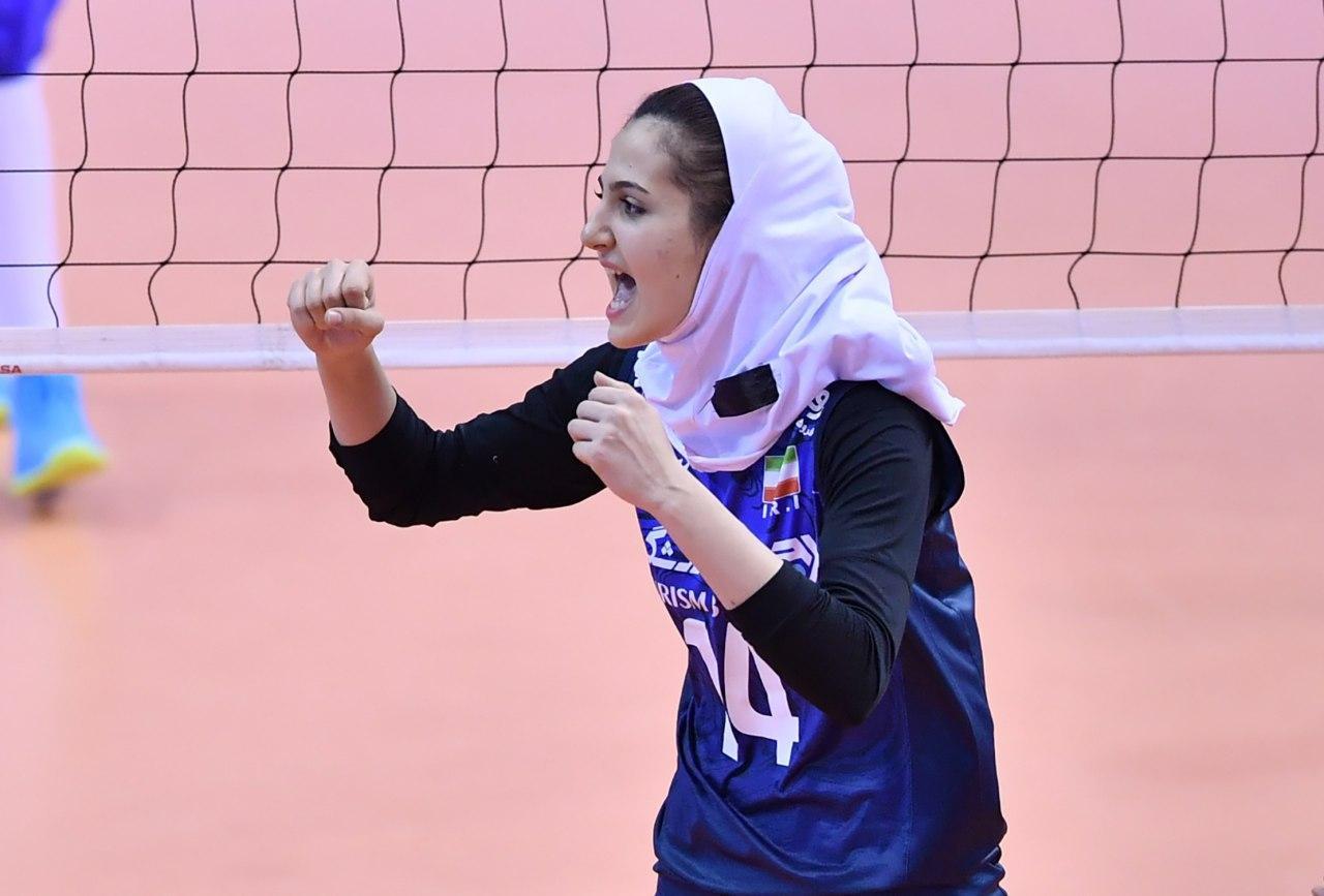 والیبال بانوان ایران و قزاقستان در مقدماتی المپیک 4 تصاویر دیدار تیمهای والیبال بانوان ایران و قزاقستان
