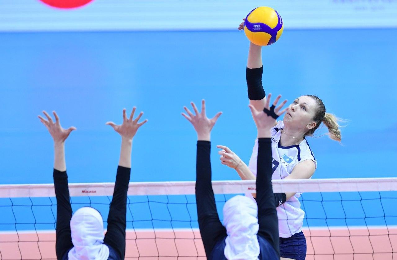 والیبال بانوان ایران و قزاقستان در مقدماتی المپیک 5 تصاویر دیدار تیمهای والیبال بانوان ایران و قزاقستان