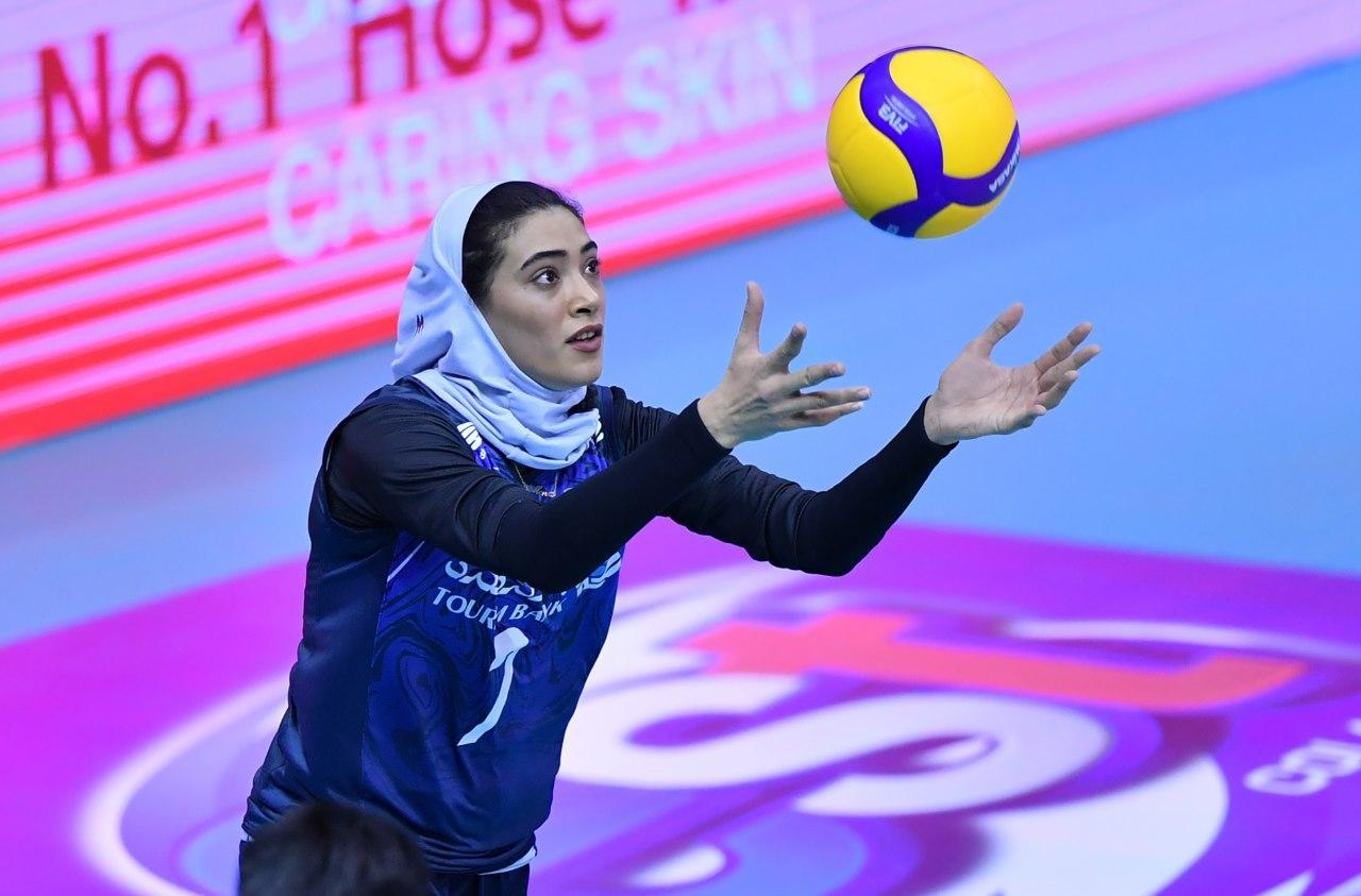 والیبال بانوان ایران و قزاقستان در مقدماتی المپیک 7 تصاویر دیدار تیمهای والیبال بانوان ایران و قزاقستان