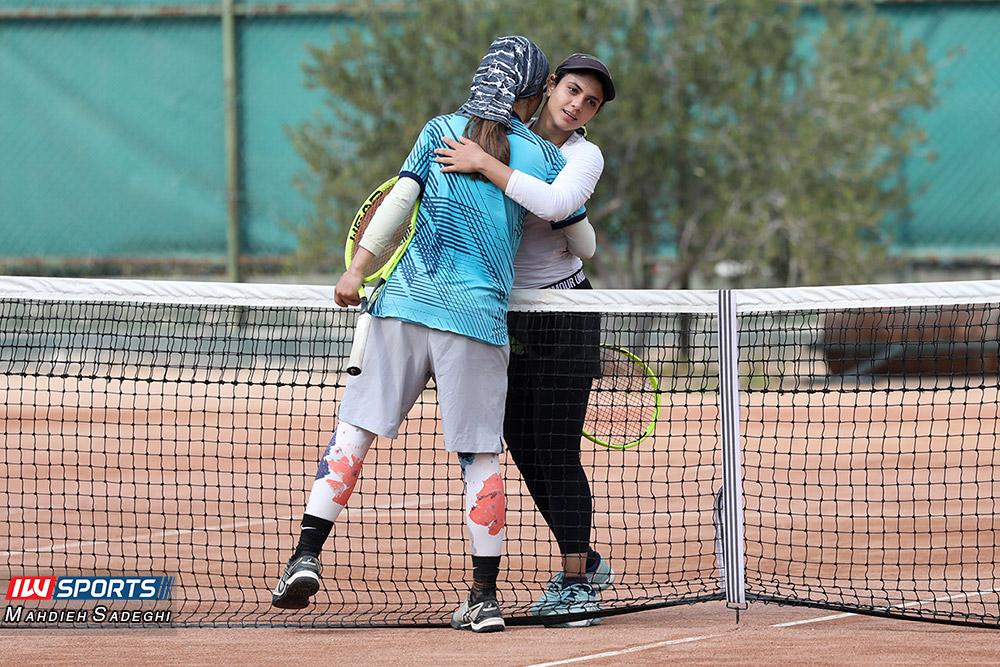 تور تنیس بانوان کیش مشکات الزهرا صفی و مهتا خانلو 1 گزارش تصویری تور تنیس زیر 18 سال دختران در کیش و قهرمانی مشکات الزهرا صفی