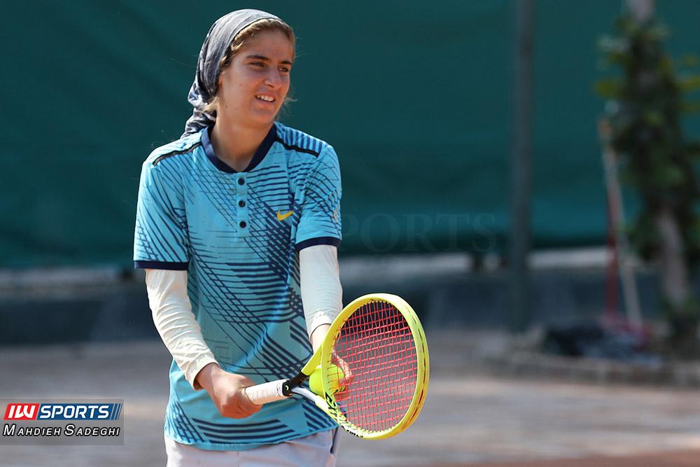 گزارش تصویری تور تنیس زیر 18 سال دختران در کیش و قهرمانی مشکات الزهرا صفی