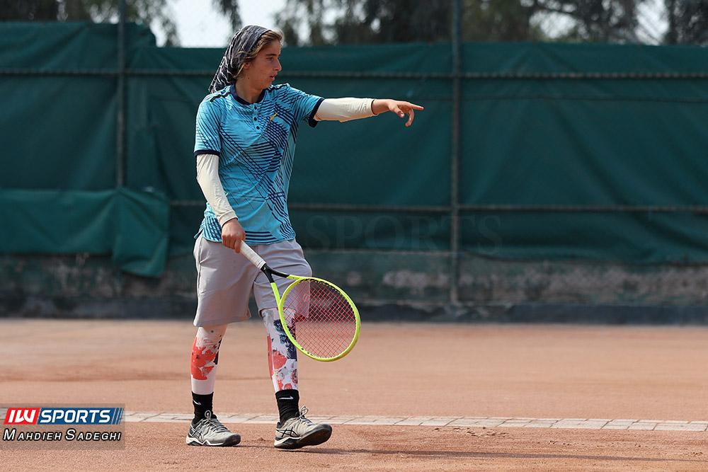 تور تنیس بانوان کیش مشکات الزهرا صفی 6 گزارش تصویری تور تنیس زیر 18 سال دختران در کیش و قهرمانی مشکات الزهرا صفی