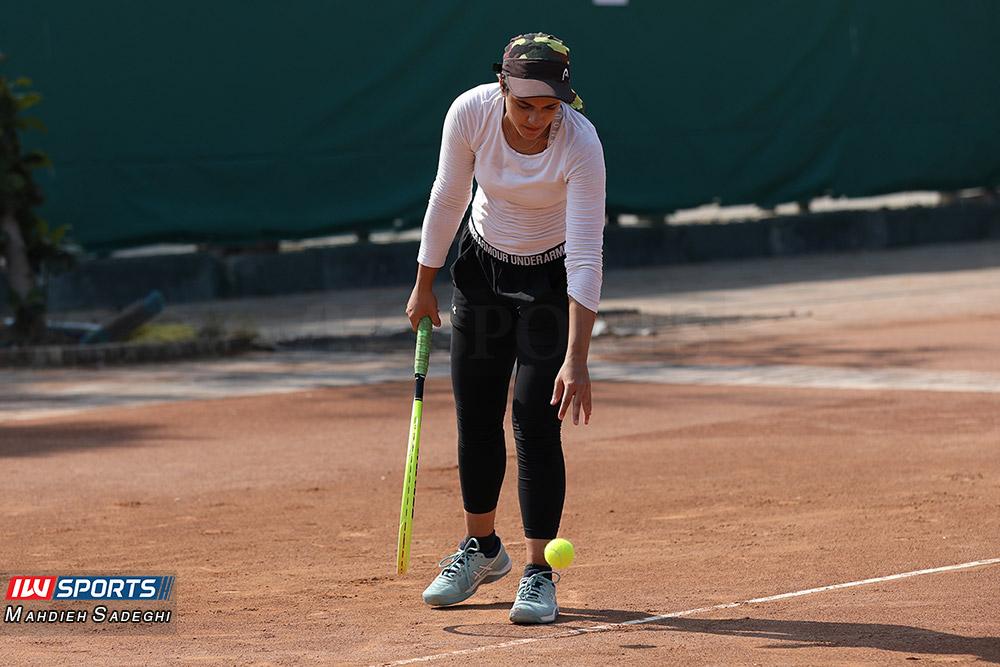 تور تنیس بانوان کیش مهتا خانلو 3 گزارش تصویری تور تنیس زیر 18 سال دختران در کیش و قهرمانی مشکات الزهرا صفی