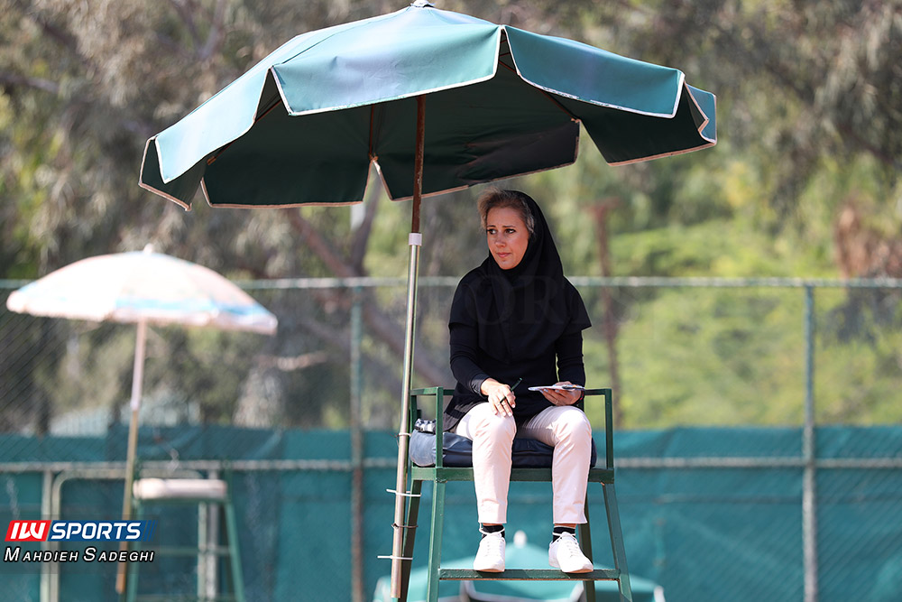 تور تنیس بانوان کیش 1 گزارش تصویری تور تنیس زیر 18 سال دختران در کیش و قهرمانی مشکات الزهرا صفی