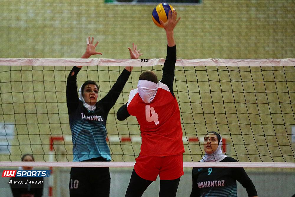 لیگ دسته اول والیبال بانوان ذوب ممتاز اصفهان و آریانا ماهشهر 8 گزارش تصویری دیدار ذوب ممتاز اصفهان و آریانا ماهشهر در لیگ دسته اول والیبال بانوان