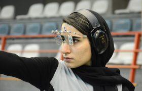 تمرین هانیه رستمیان تیرانداز المپیکی در سالن آزادی
