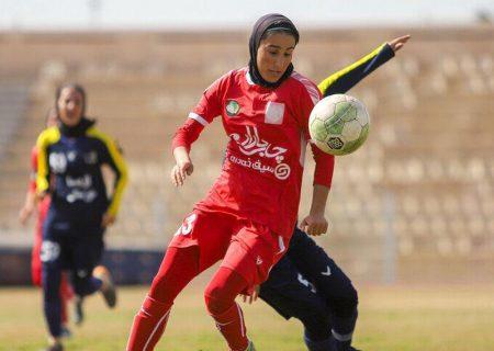 سمیه خرمی: کرونا باعث شد در عنوان بهترین گلزن شریک پیدا کنم