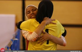 ویدئو اهدای جام قهرمانی لیگ برتر فوتسال بانوان به مس رفسنجان