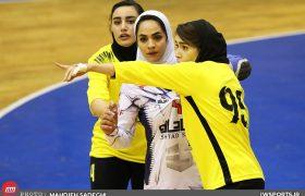 تصاویر دیدار اشتاد سازه مشهد و سپاهان در لیگ هندبال بانوان