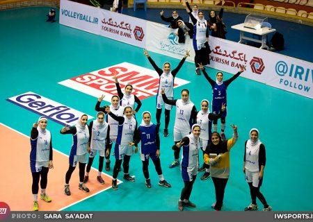 پیروزی تیمهای اکسون و بابل در لیگ والیبال زنان