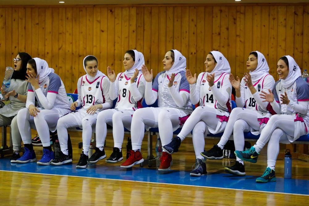 تیم-بسکتبال-نارسینا-در-لیگ-برتر-بسکتبال-زنان