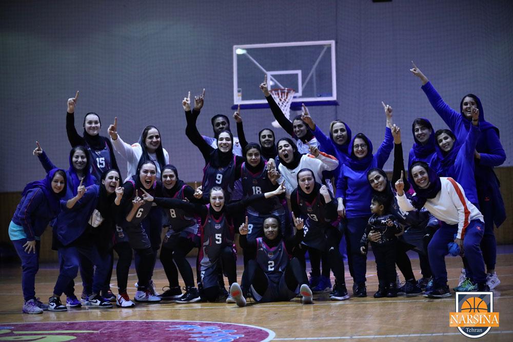 نارسینا مقام سوم لیگ برتر بسکتبال بانوان را به دست آورد