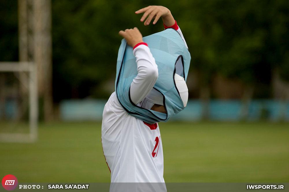 تیم ملی فوتبال زنان و پنیر سوییسی | خط دفاع، پاشنه آشیل تیم ملی است