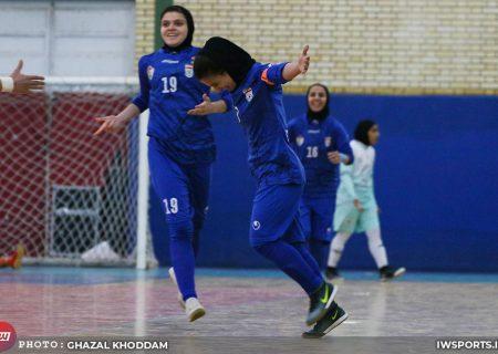 تصاویر دیدار حفاری خوزستان و سایپا در هفته پایانی لیگ فوتسال زنان