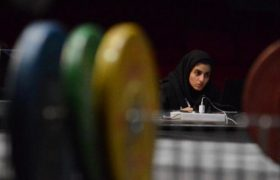 ژینا ویسی : فدراسیون وزنه برداری پشت افتخارات بانوان پنهان میشود